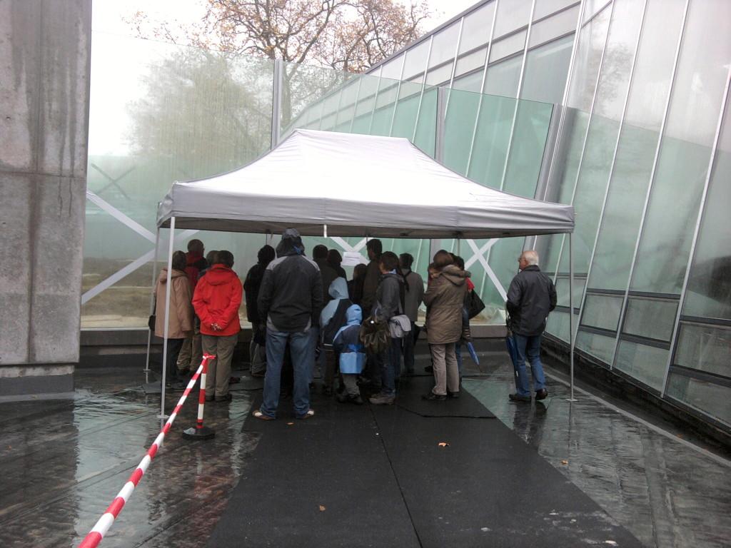 An elf Stationen erklärten die Wilhelmabegleitern den Besuchern alles Wissenswerte rund um die neue Anlage Bild: N. Englert