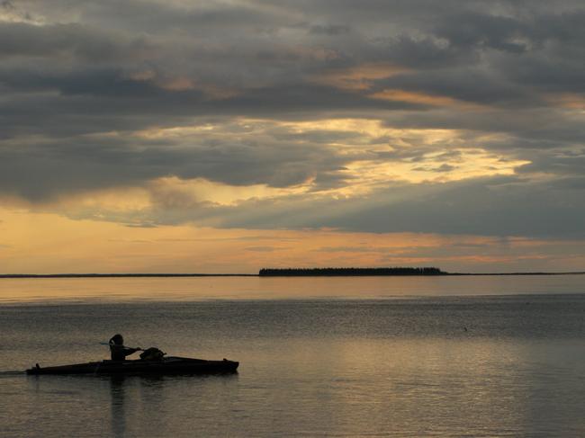 Auf dem Mackenzie River Bild: W. Steinberg