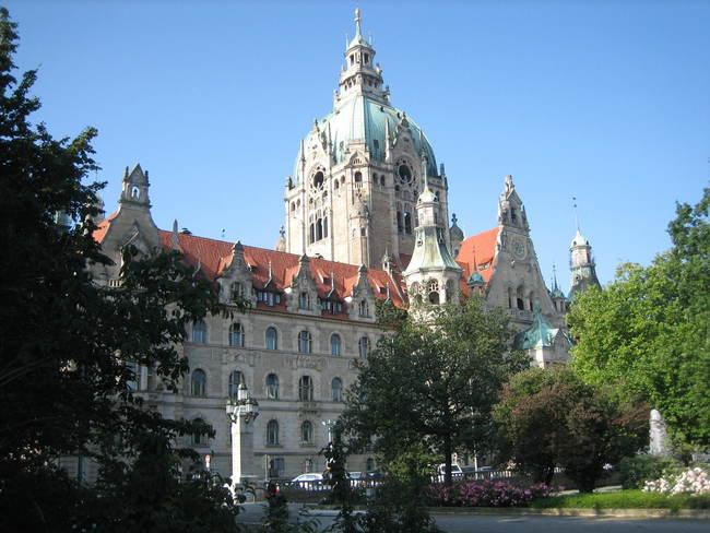 Das neue Rathaus von Hannover Bild: N. Warth